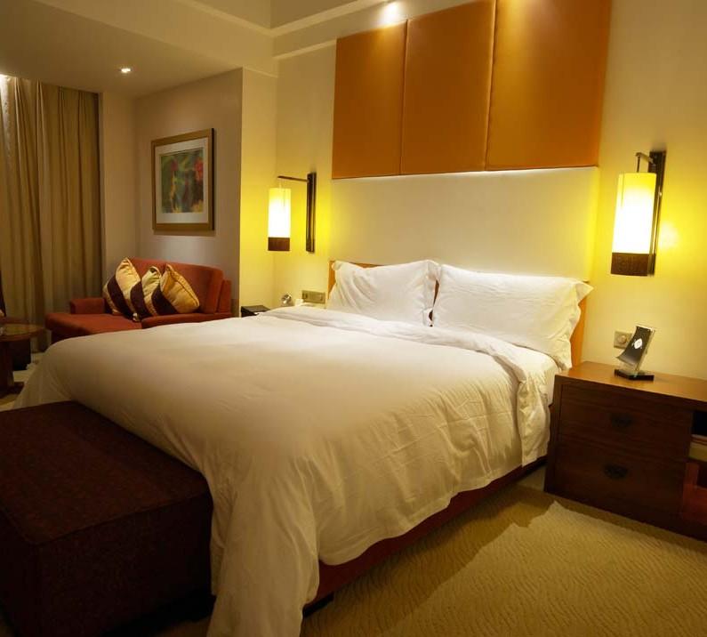 Cheap Local Apartments: Hakuba Ski Package-The Hotel Cultured & Apartment